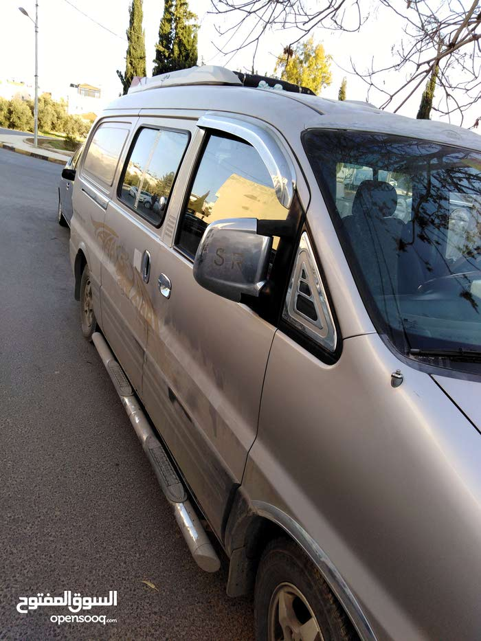 Available for sale! 190,000 - 199,999 km mileage Hyundai H-1 Starex 2002