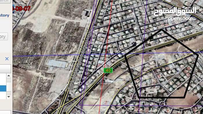 أرض مميزة جدا للبيع مساحة 760م/ الحويطي 13