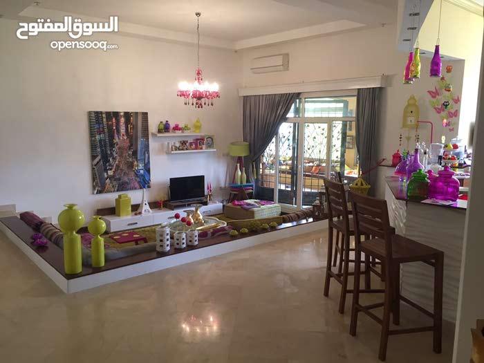 4 rooms 3 bathrooms Villa for sale in BenghaziBeloun