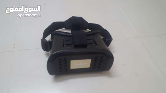 نظارة الواقع الافتراضي للبيع بحالة جيدة