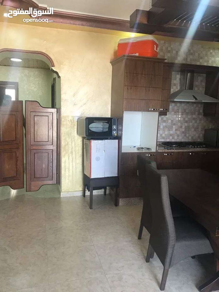 Apartment 5 Rooms for sale