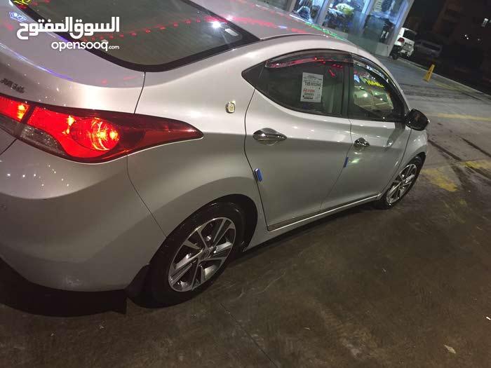 Hyundai Avante car for sale 2012 in Basra city