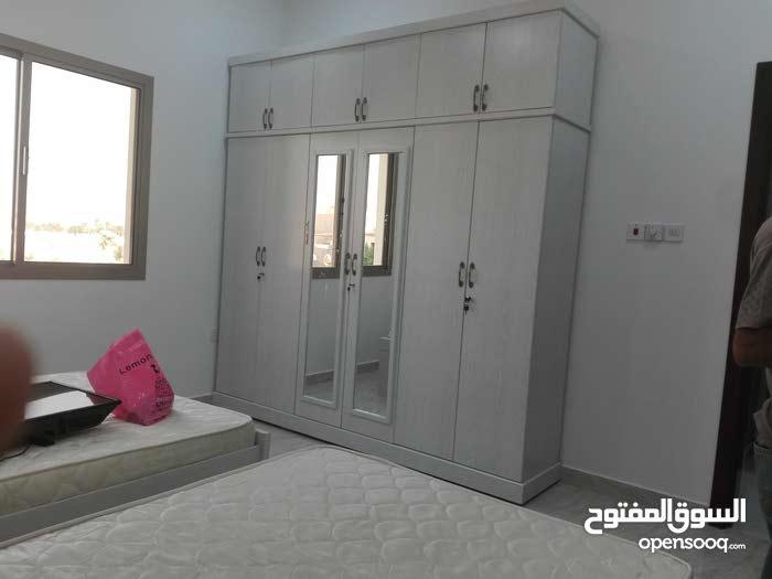 نقل وفك  وتركيب جميع انواع الاثاث والمكاتب داخل البحرين