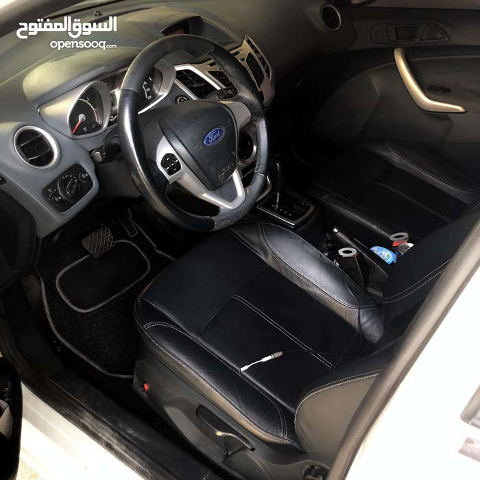ford fiesta full options 2009