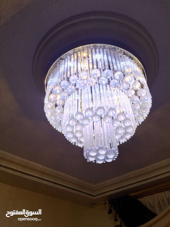 Used Lighting - Chandeliers - Table Lamps available for sale in Amman