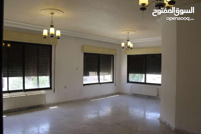 Best price 185 sqm apartment for rent in AmmanKhalda