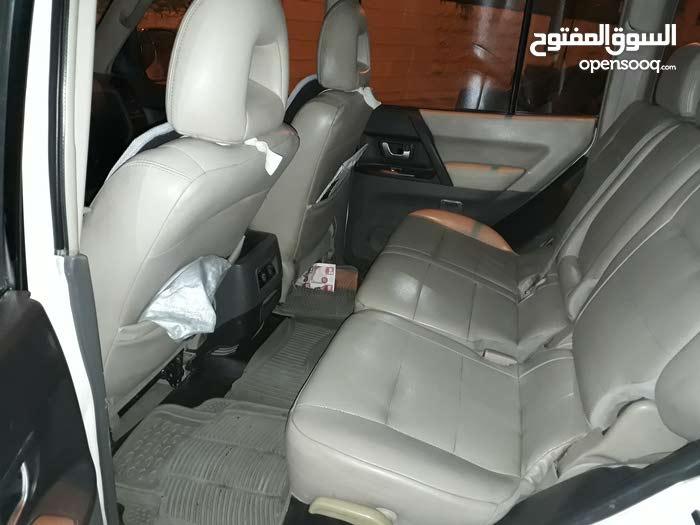 باجيرو 2005 بحاله جيده استعمال شخص واحد أمامي قصعات خلفي جيد موتور 60%