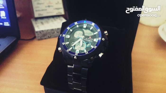 ساعة naviforce  مكينة يابانية اصلية مضادة للمياه بسعر مغري