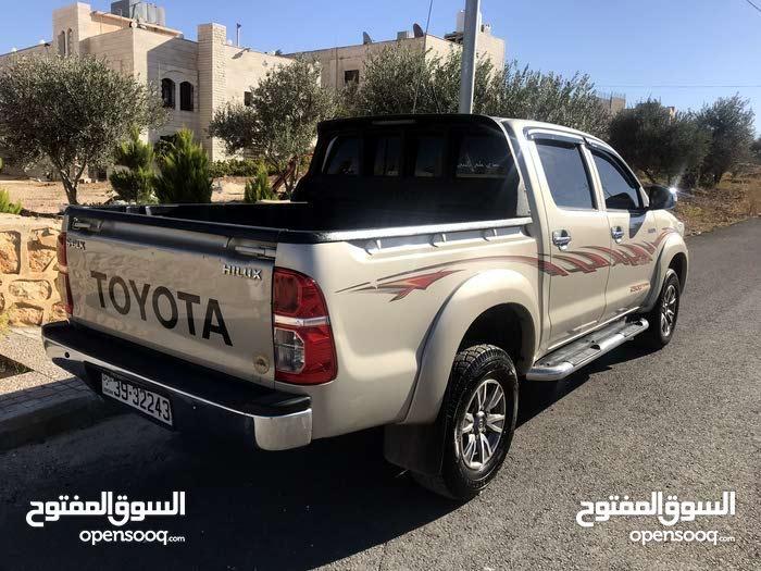 تويوتا هايلوكس 2014  بحالة الوكالة 4×4 خليجي سعودي