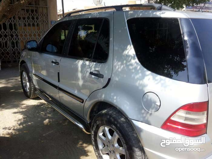 Automatic Mercedes Benz 1999 for sale - Used - Sohar city