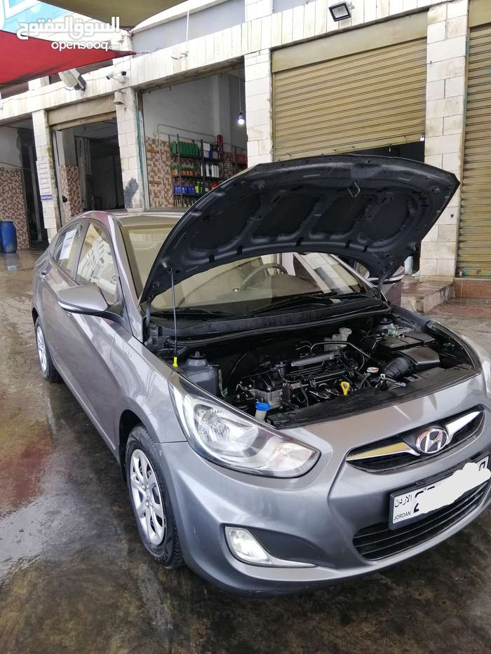 70,000 - 79,999 km Hyundai Accent 2015 for sale
