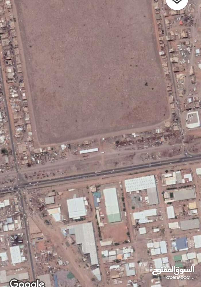 قطعه ارض استثمار 50 متر السوق المحلي جنوب مقابر الصحافه