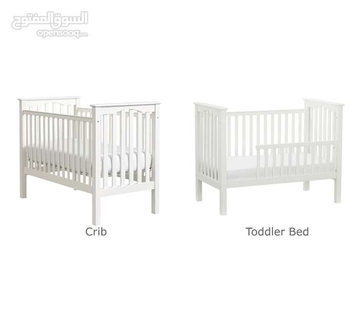 Pottery Barn Crib (Baby Adjustable to Toddler)