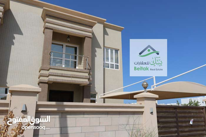More rooms and More than 4 bathrooms Villa for rent in MuscatAll Muscat