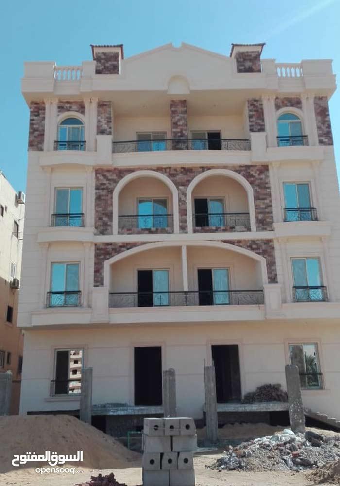 للبيع والسكن الفورى شقة 180 متر