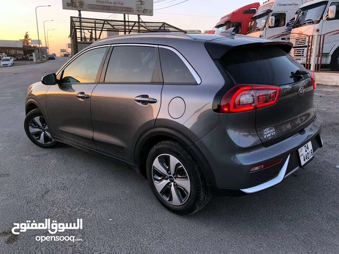 Used 2017 Kia Niro for sale at best price