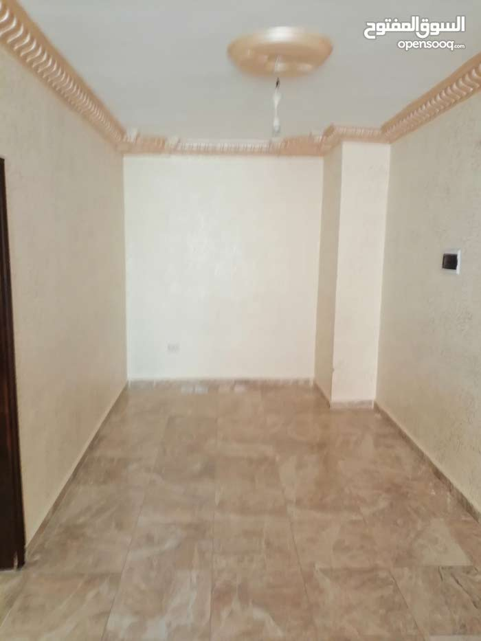 70 sqm Unfurnished apartment for sale in Irbid - (107875772