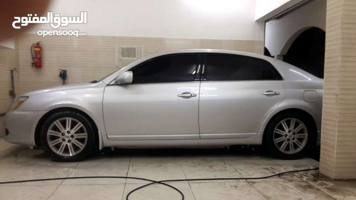 Toyota Avalon 2005 For sale - Silver color