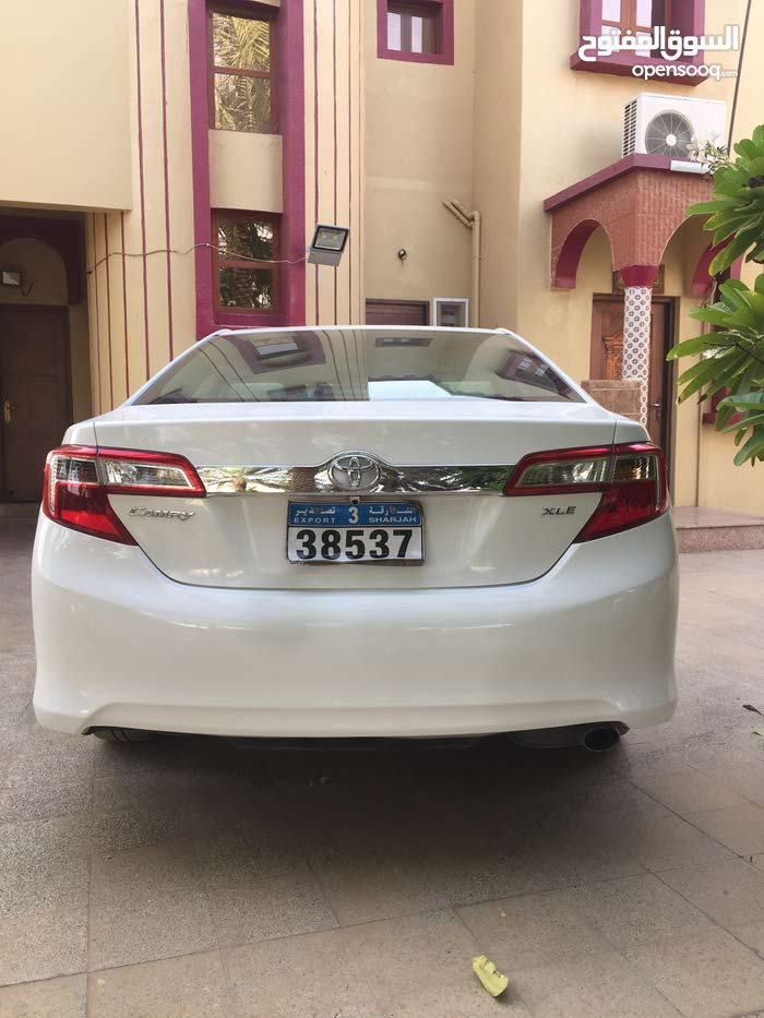 Used condition Toyota Camry 2013 with 0 km mileage