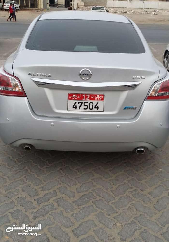 Nissan Altima 2.5S Model 2013 GCC basic option taxi used
