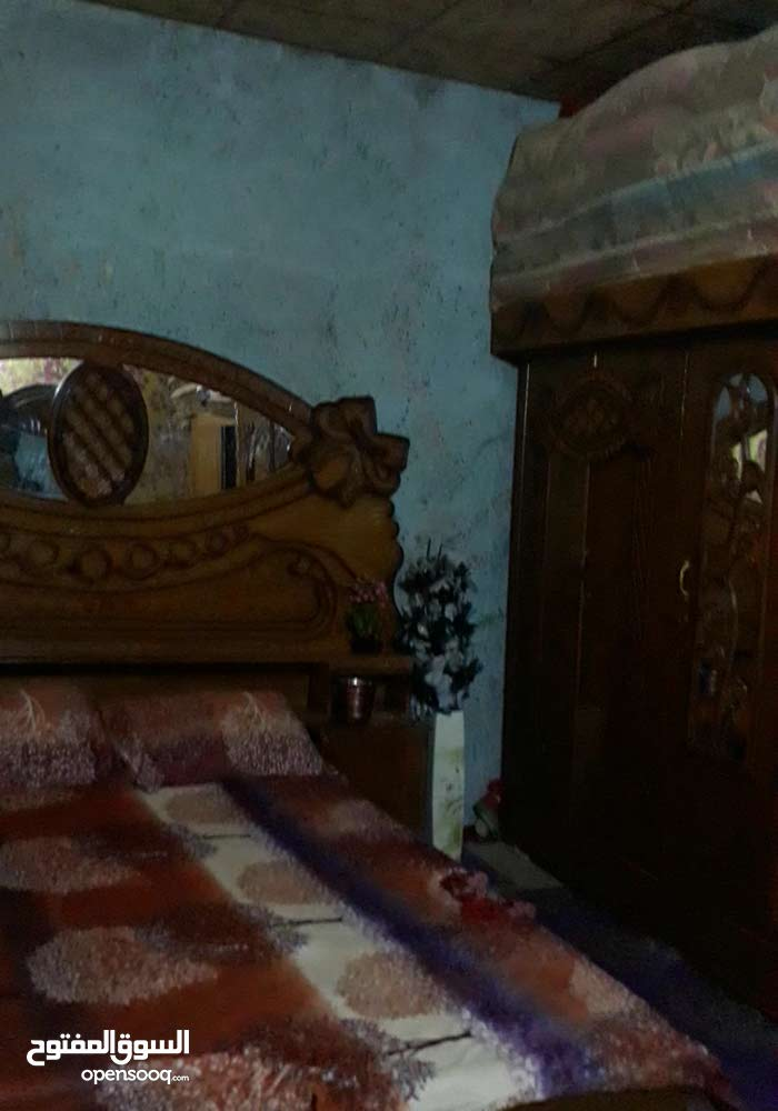 بيت تجاوز بلمعقل قرب ساعه