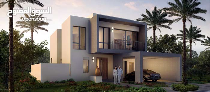 Villa age is Under Construction, consists of 4 Rooms and More than 4 Bathrooms