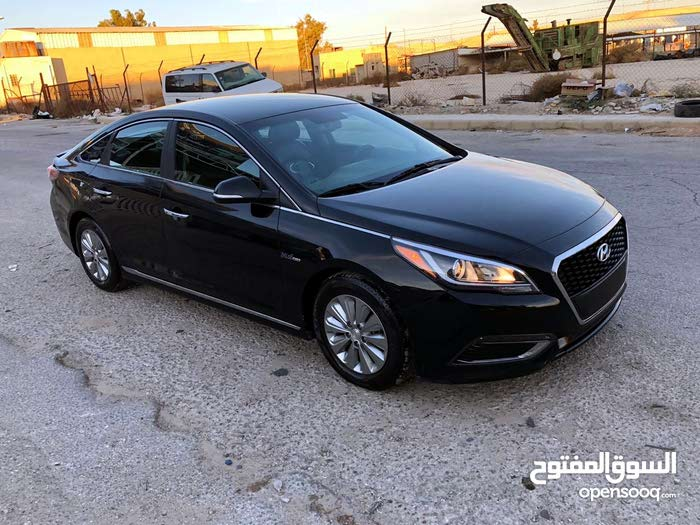 70,000 - 79,999 km Hyundai Sonata 2016 for sale