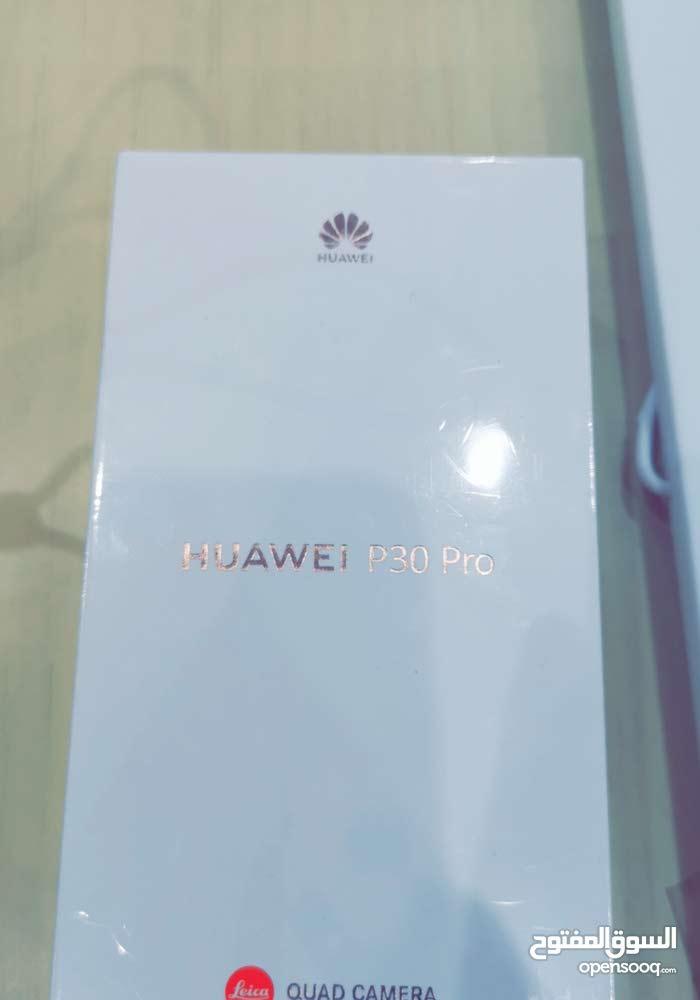 Huawei P30pro 256 GB اللون ازرق