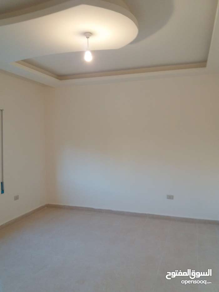 More rooms  apartment for sale in Amman city Tabarboor