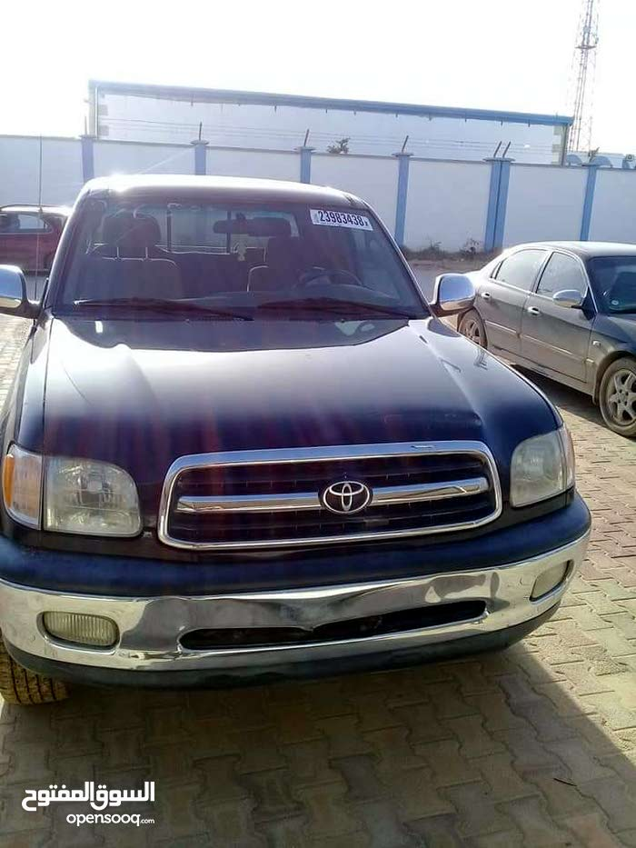 Automatic Black Toyota 2002 for sale