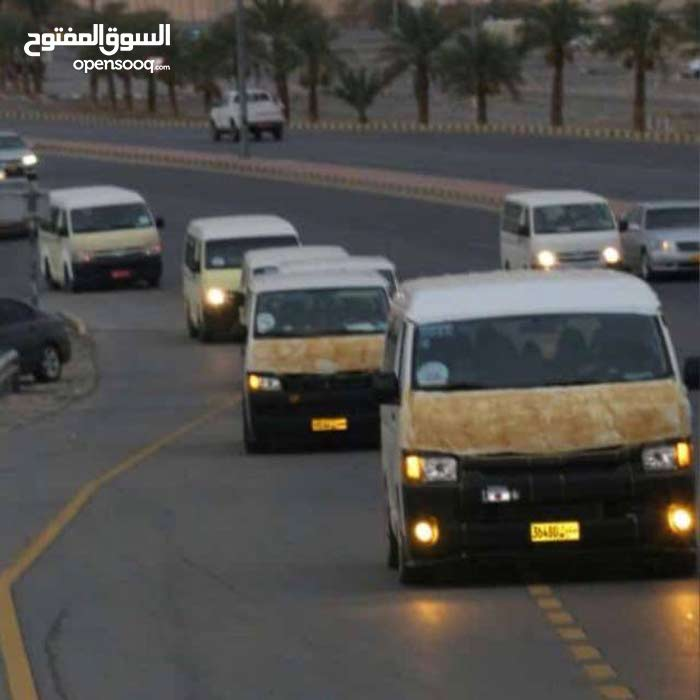 نقل طالبات و معلمات من شناص إلى مسقط على خط الباطنه
