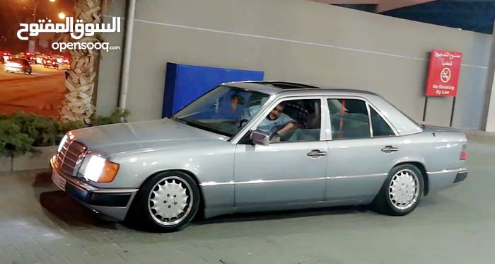Mercedes Benz E 200 1993 - Automatic