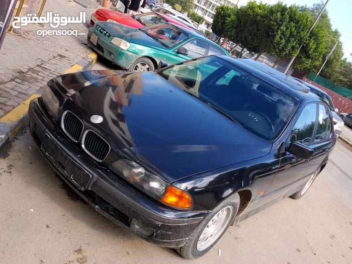 BMW 523 car for sale 1998 in Tripoli city