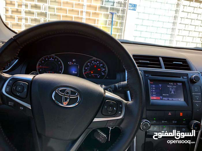 Used condition Toyota Camry 2015 with 30,000 - 39,999 km mileage