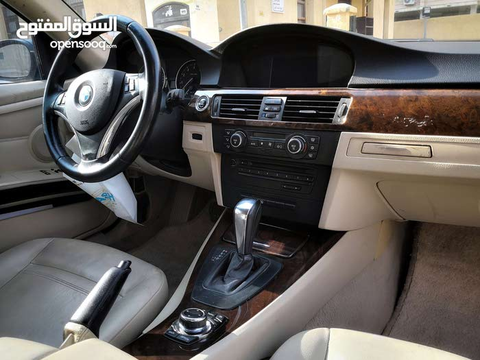 Automatic Grey BMW 2010 for sale