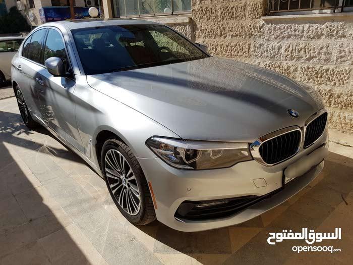 للبيع BMW e موديل 2018