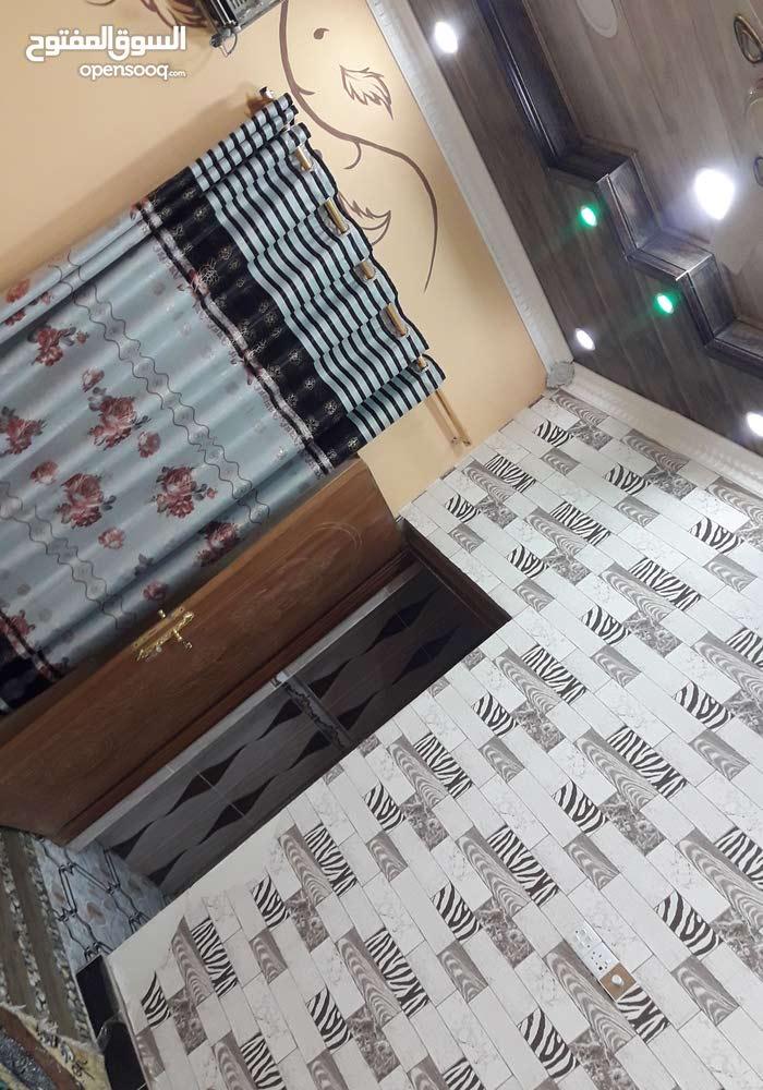 بيت في ياسين خريبط يتكون من غرفتين +غرفه فوك +هول +ستقبال+مطبخ+حمامات+كراج