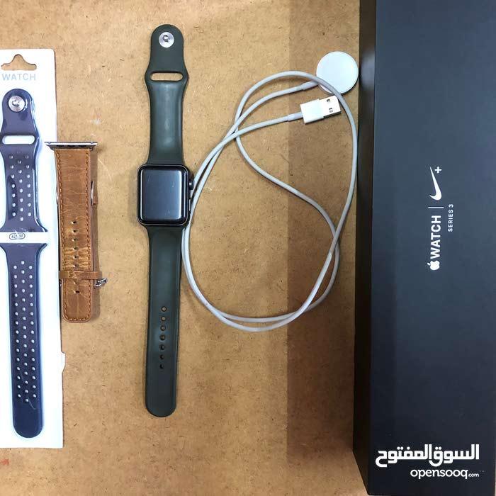 ساعة أبل الإصدار الثالث Apple watch ، Nike ، series 3