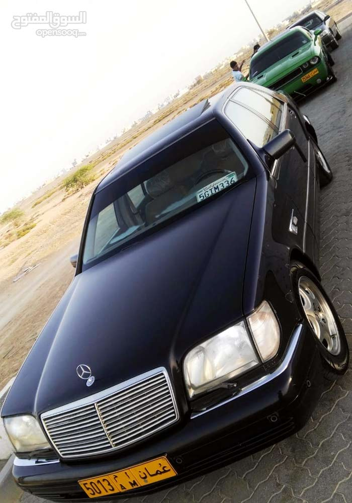 Mercedes Benz S 320 car for sale 1997 in Seeb city