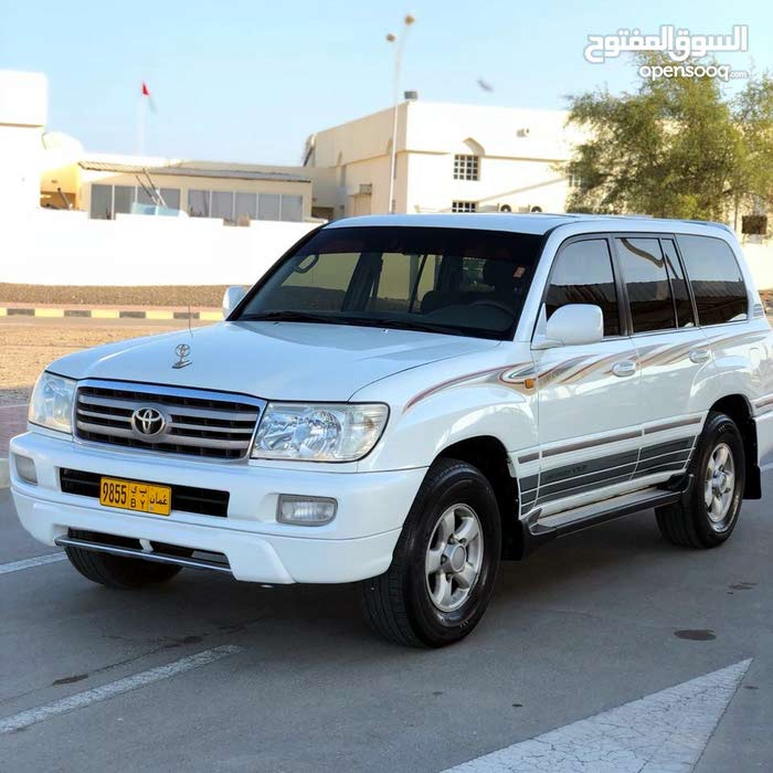 White Toyota Land Cruiser 2001 for sale