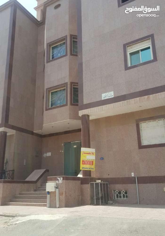 شقة للإيجار في حي النزهة ( A518 )