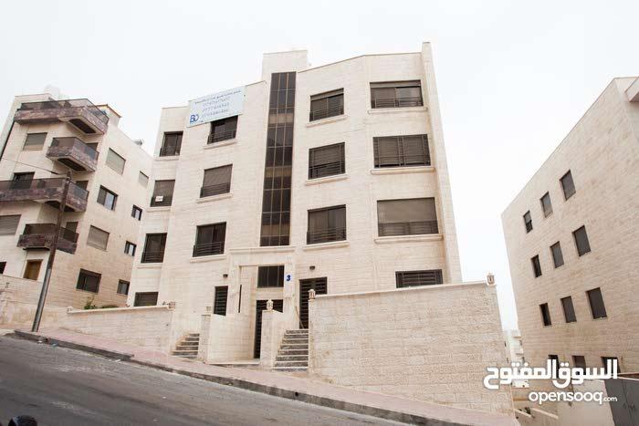 شقة 160م في ام زويتينة خلف اكاديمية ريتال