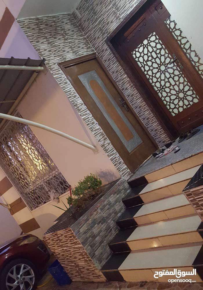 منزل للبيع بالعامرات السابعه