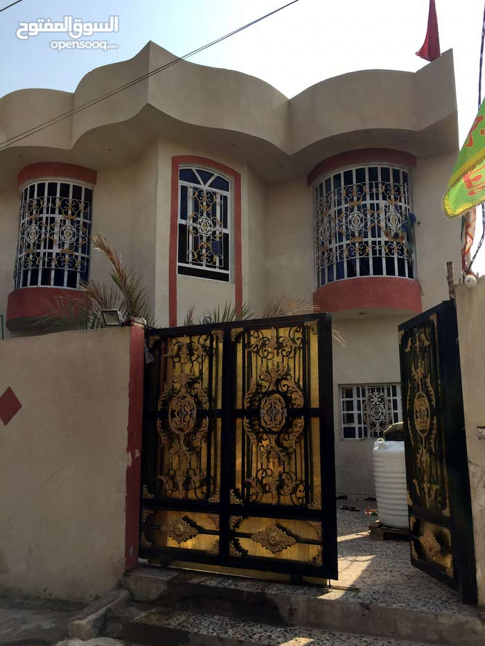 Luxurious 200 sqm Villa for sale in Basra