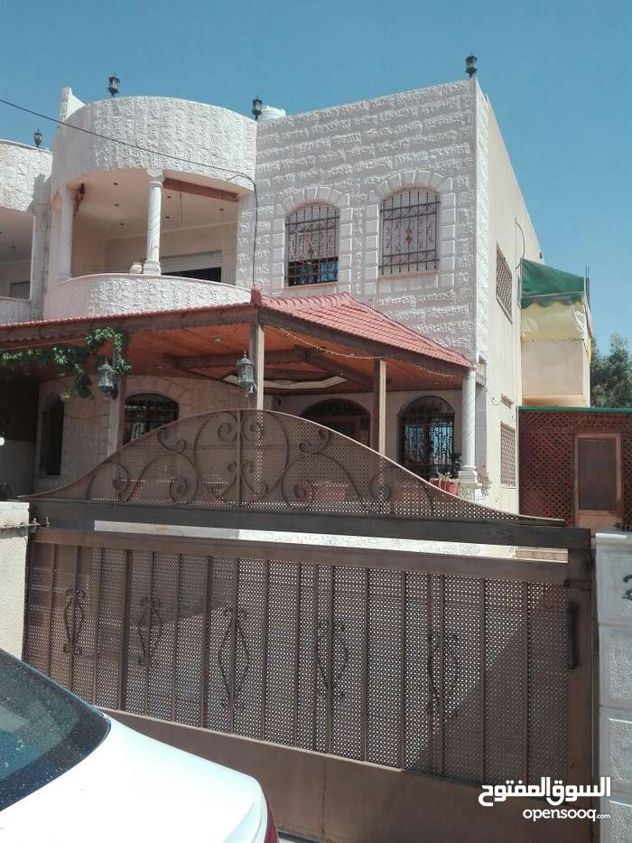 Villa property for sale Zarqa - Al Hashemieh directly from the owner