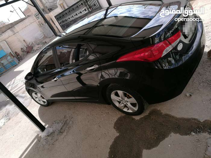Used Hyundai Avante in Jerash