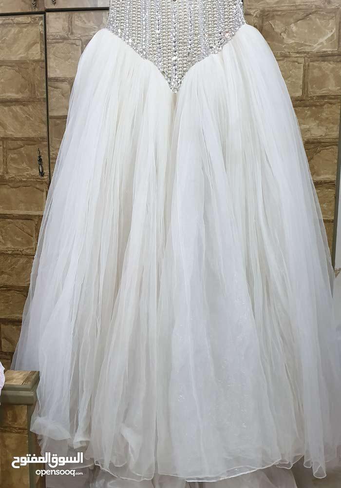 فستات زفاف