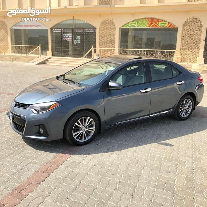 Used condition Toyota Corolla 2015 with 40,000 - 49,999 km mileage