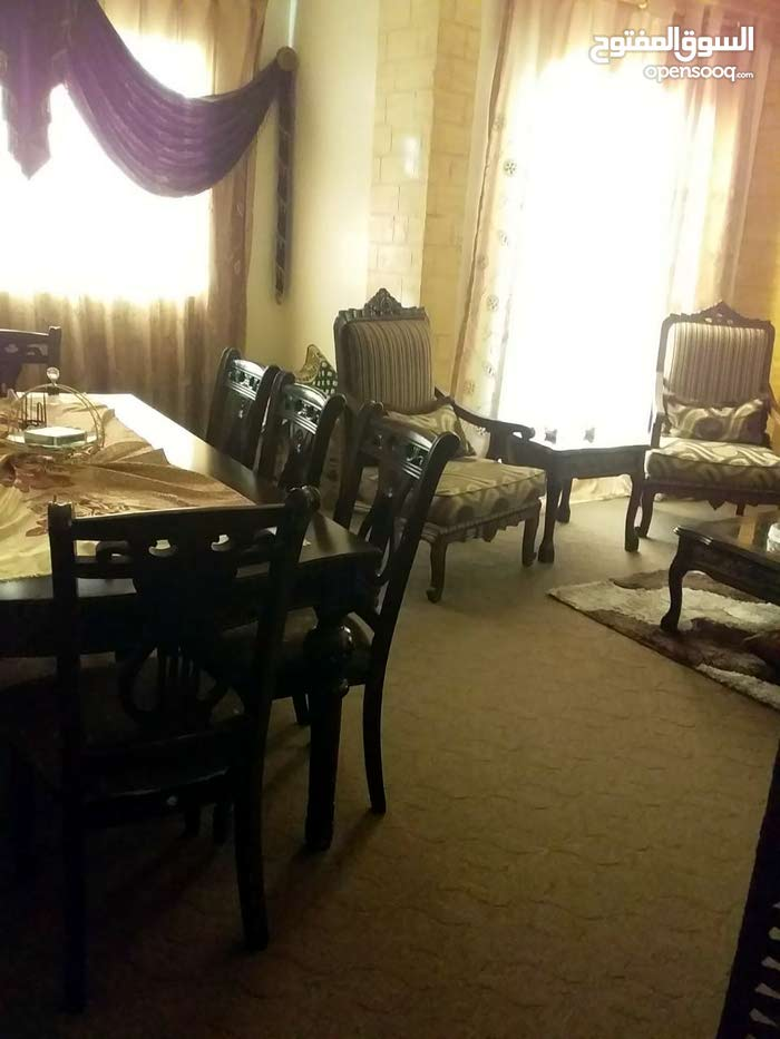 Al Zarqa Al Jadeedeh apartment for sale with 4 rooms