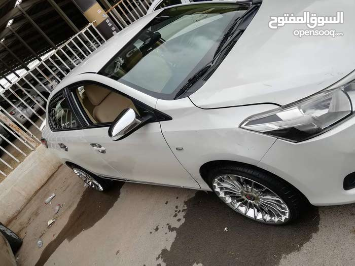 White Toyota Yaris 2016 for sale